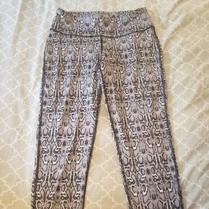 Reflex Pants - Cropped Yoga Pants